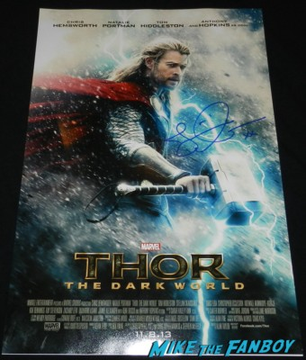 jamie alexander signed autograph thor the dark world movie poster thor dark world movie premiere red carpet chris hemsworth 047