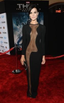 thor the dark world movie premiere arrivals red carpet chris hemsworth (30)