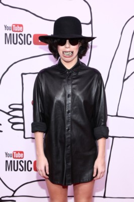Lady Gaga  at youtube awards with skylar grey lady gaga red carpet (11)MIA
