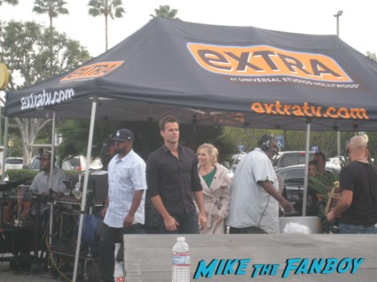 cameron mathison and jenny garth on extra