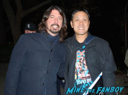 Dave Grohl signing autographs for fans rare
