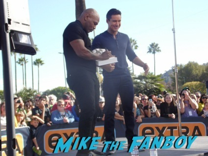 mike tyson on extra at universal studios