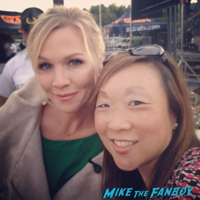 Jennie Garth signing autographs for fans rare 90210