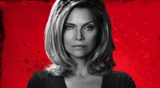 Michelle-Pfeiffer-The-Family the-family-blu-ray-review family13f-5-web michelle-pfeiffer-in-the-family-movie-6