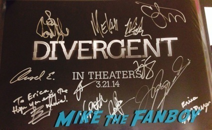 divergent signed autograph movie poster rare promo divergent autograph signing theo james hot13