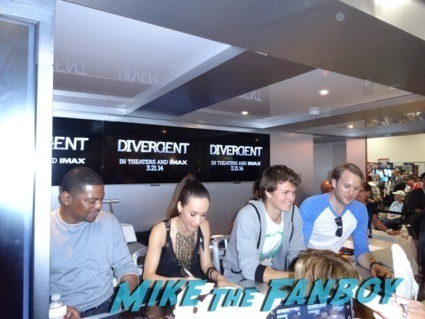 divergent autograph signing theo james hot9