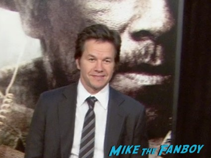 Mark Wahlberg at the lone survivor ny world premiere red carpet mark wahlberg (1)