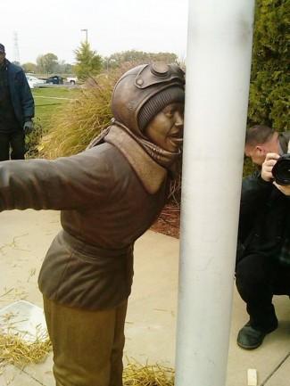 scottys_statue