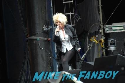 blondie live in concert salesforce dreamforce event sean penn signing autographs dreamforce1