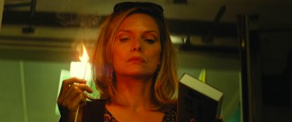 the-family-blu-ray-review family13f-5-web michelle-pfeiffer-in-the-family-movie-6