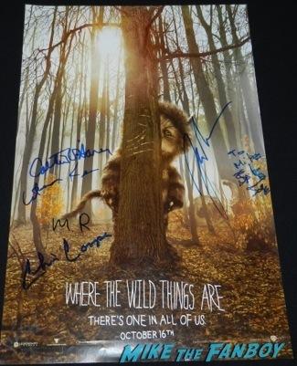 Celebrities Signing Autographs 2014 sag awards93