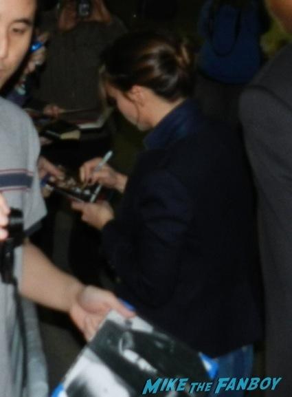 Christina Ricci signing autographs jimmy kimmel live 2014 jake johnson new girl13