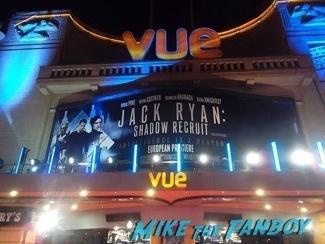 Jack Ryan UK Premiere Kiera Knightly signing autographs chris pine9