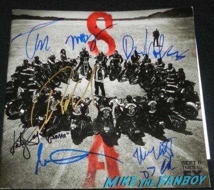 sons of anarchy signed season 5 presskit Katey Sagal autograph signing amoeba music 2013 gemma teller15
