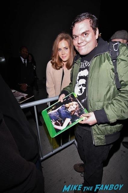 amy adams autograph signing fan photo jimmy kimmel live