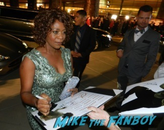 Alfre Woodard signing autographs at the Palm Springs International Film Festival 2014 signing autographs bono sandra bullock19