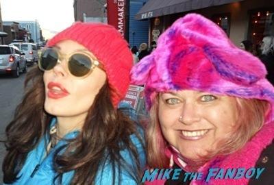 rose mcgowan signing autographs Sundance Celebrities Signing Autographs 2014 12