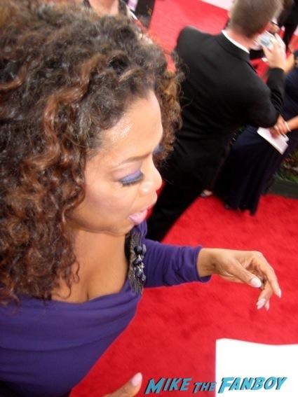 oprah winfrey  sag awards 2014 bleacher fan photos oprah aaron paul 101
