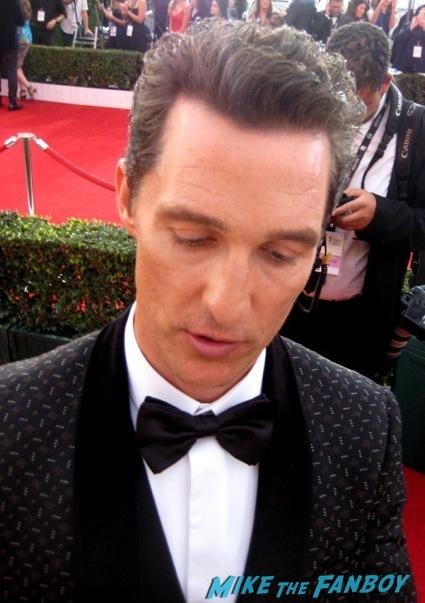 Matthew McConaughey signing autographs  sag awards 2014 bleacher fan photos oprah aaron paul 101