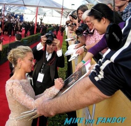 sag awards 2014 bleacher fan photos oprah aaron paul 1