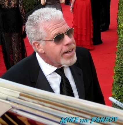 Ron Perlman sag awards 2014 bleacher fan photos oprah aaron paul 31