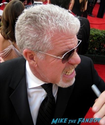 Ron Perlman sag awards 2014 bleacher fan photos oprah aaron paul 31