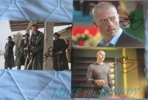 signed autograph photo2