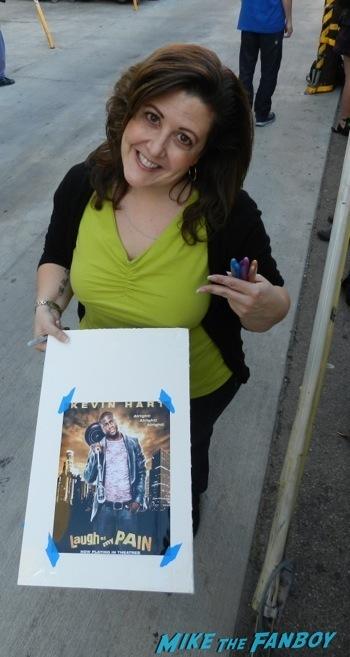 Alex Pettyfer signing autographs jimmy kimmel live 2014 endless love2