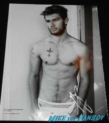 Alex Pettyfer signed autograph shirtless naked photo da man magazine signing autographs jimmy kimmel live 2014 endless love23
