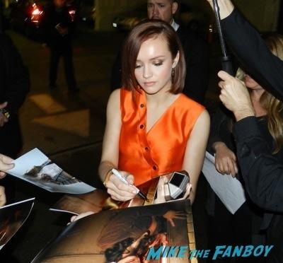 Olivia Cooke signing autographs Bates Motel premiere red carpet vera Farmiga olivia Cooke18
