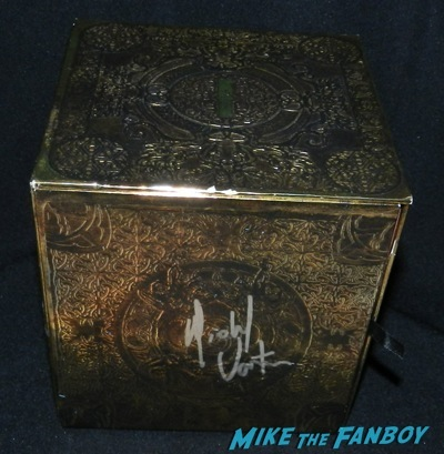 Michael Vartan signed alias box set Bates Motel premiere red carpet vera Farmiga olivia Cooke42