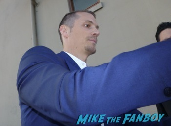 Joel Kinnaman signing autographs jimmy kimmel