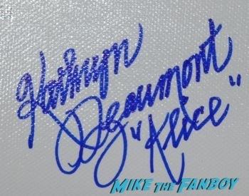 Kathryn Beaumont signing autographs disney legend2