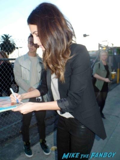 Lily-Aldridge signing autograph jimmy kimmel live