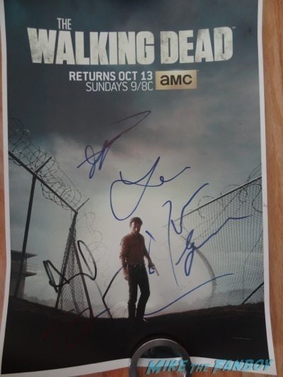 the walking dead signed autograph poster cast signing autographs andrew lincoln norman reedus10
