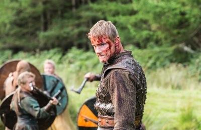 Bloody Bjorn (Alexander Ludwig) in battle