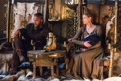 Earl Ragnar (Traivs Fimmel) and his wife Princess Aslaug (Alyssa Sutherland) and their newborn son.