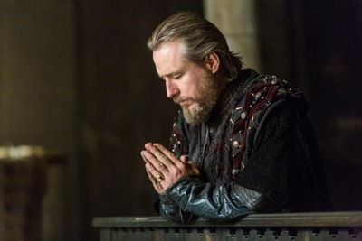 Ecbert, King of Wessex, played by Linus Roache