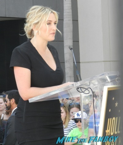 Kate Winslet Walk Of Fame Star Ceremony signing autographs rare kathy bates speech38