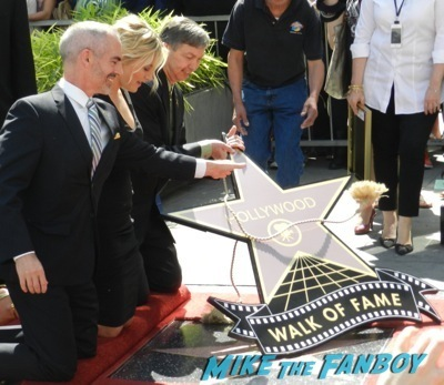 Kate Winslet Walk Of Fame Star Ceremony signing autographs rare kathy bates speech48