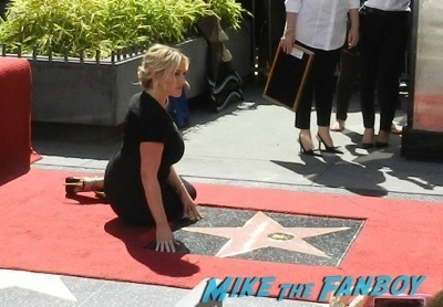 Kate Winslet Walk Of Fame Star Ceremony signing autographs rare kathy bates speech66