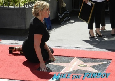 Kate Winslet Walk Of Fame Star Ceremony signing autographs rare kathy bates speech68