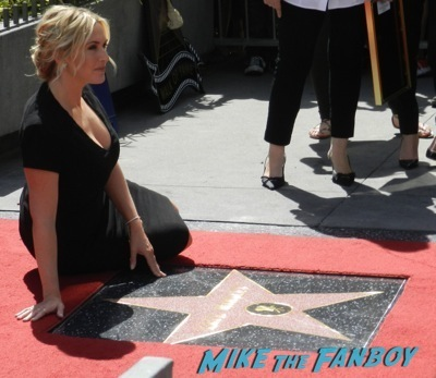 Kate Winslet Walk Of Fame Star Ceremony signing autographs rare kathy bates speech71
