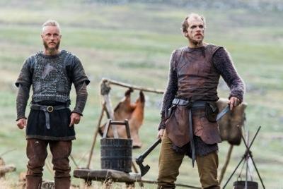 Ragnar Lothbrok (played by Travis Fimmel) and his friend Floki (Gustaf Skarsgard)