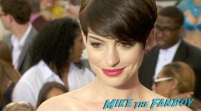 Rio 2 miami movie premiere red carpet anne hathaway12