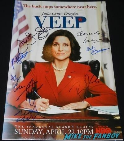 Veep signed autograph poster season 1 Paleyfest 2014 Julia Louis Dreyfus signing autographs q and a 89