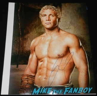 jai courtney signed autograph sexy photo signing autographs jimmy kimmel live hot divergent13