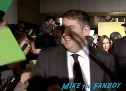 Jonah Hill signing autographs japan premiere wolf of wall street4