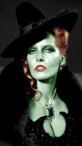 ouat-wicked-witch-309x550