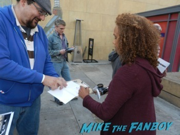 rachel True signing autographs fanphoto meeting the craft star 1
